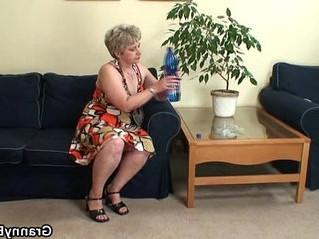 drilling  grandma  pussy