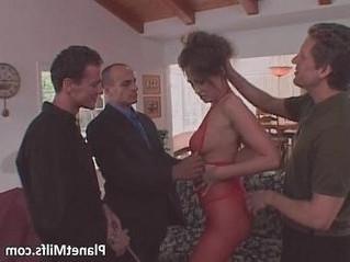 fuck  horny  milf