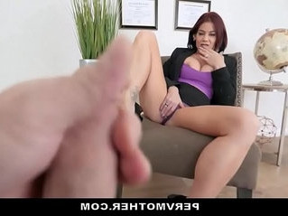 horny   mom   sex