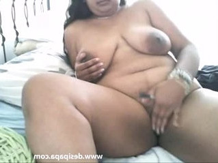 aunty  indian  masturbation