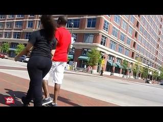 big ass  girlfriend  street