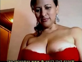 aunty   beautiful   boobs