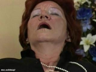 gilf  lesbian  older woman