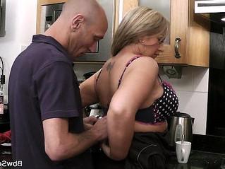 cheating  grandma  kitchen