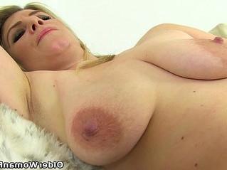 british  milf  nipples