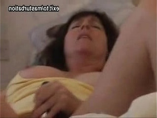legs  mom  pussy