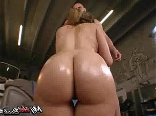 babe  big ass  first time