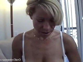 friend  jerking  mom